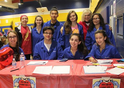 HOSA Club students at SCVTHS gather at 2018 Blood Drive