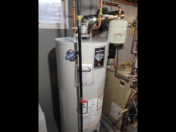 A hot water heater posted by Plumbing Instructor Mr. Setlock, as part of his virtual lesson.